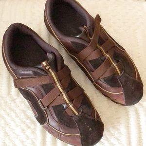SKETCHERS brown suede Velcro sneaker shoe 7